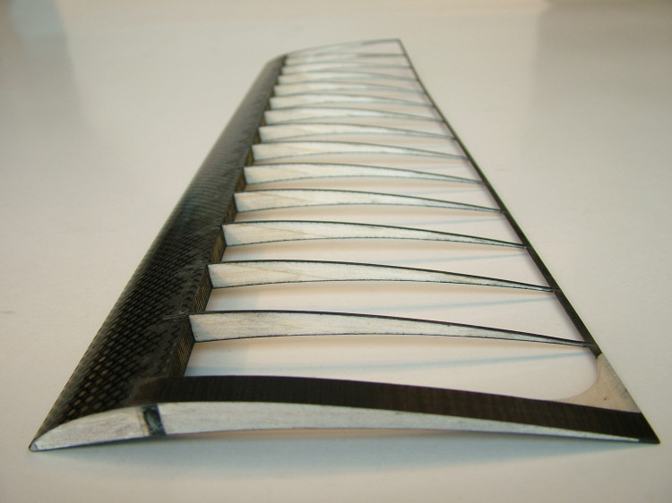 Carbon Fiber Rods >> DPP | Carbon and glass-fibre profiles | Applications | Model building